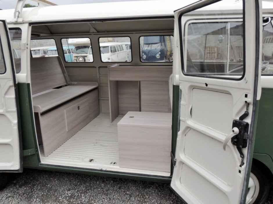 services de restauration et customisation vw combi kombi br sil. Black Bedroom Furniture Sets. Home Design Ideas