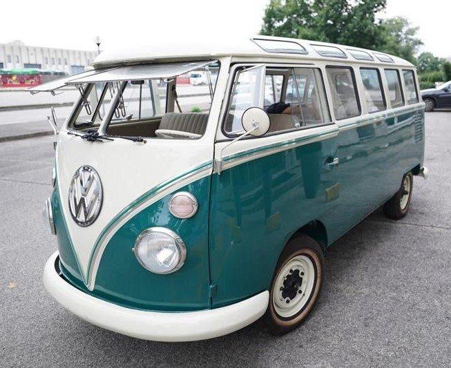 Volkswagen T1 Samba Bus – Brésil 1973- Ref. C740 (Video)